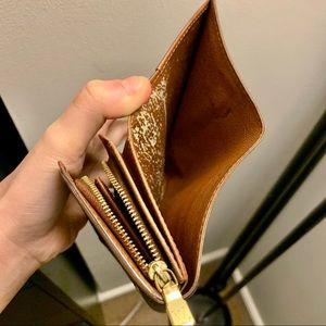 Louis Vuitton Bags - Authentic Louis Vuitton monogram bifold wallet